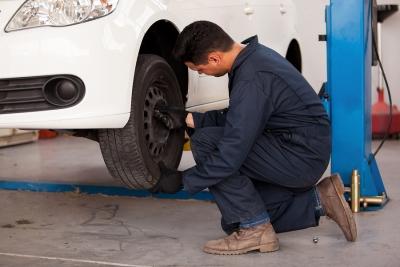 Checking tire thread