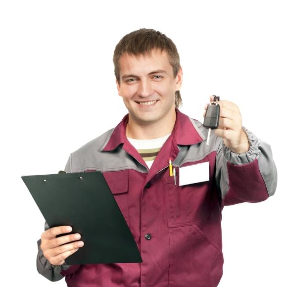 Service attendant returning car